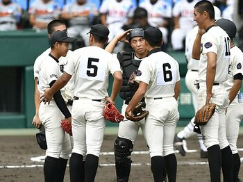 「10点取られても打ち合いなら」折尾愛真の想定を越えた日大三打線。<Number Web> photograph by Kyodo News