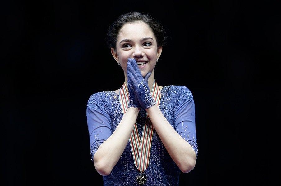 次々現れるロシア・フィギュアの新星。欧州選手権を初制覇したメドベデワ。<Number Web> photograph by AP/AFLO