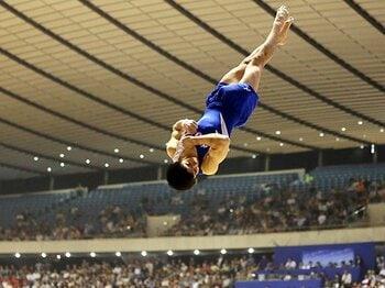 全てを可能にする圧倒的な自信。体操・白井健三が追う内村の背中。<Number Web> photograph by AFLO
