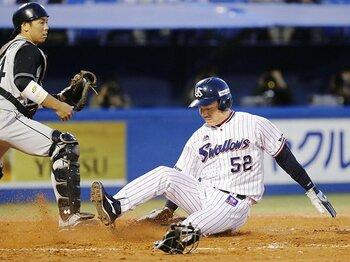 「不動のスタメン捕手」不在の時代。投手が配球の主導権を握るチャンス?<Number Web> photograph by Kyodo News