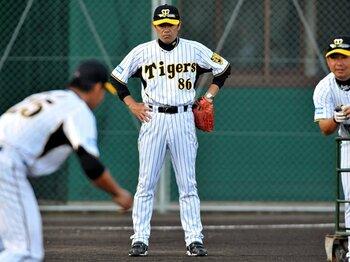 阪神の今を最もよく知る男、和田新監督が直面する難題。~勝利と育成は両立できるのか?~<Number Web> photograph by NIKKAN SPORTS