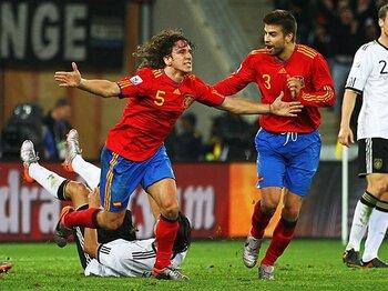最強の敵に最高の内容で勝つ!スペイン・サッカー、満開の夜。<Number Web> photograph by FIFA via Getty Images