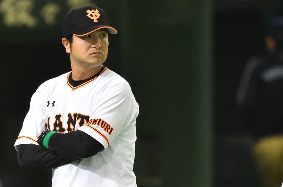 7月反攻。映画『シン・ゴジラ』に、高橋由伸監督の姿を見た。<Number Web> photograph by Hideki Sugiyama