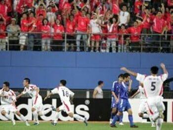 2005年東アジア選手権VS北朝鮮戦(2005年7月31日)<Number Web> photograph by Naoya Sanuki