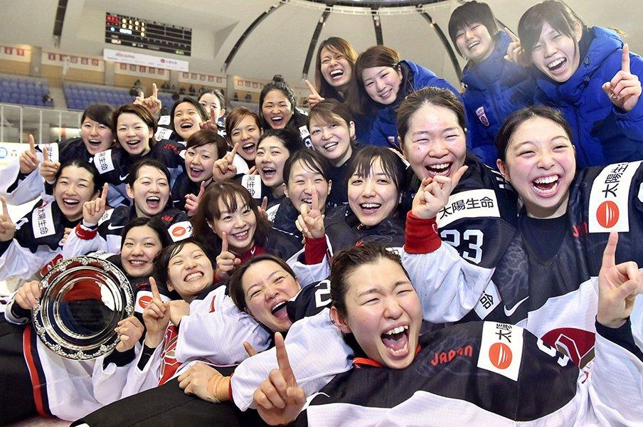 「日本=運動量」という代名詞の話。男女のアイスホッケーを例に考える。<Number Web> photograph by Kyodo News