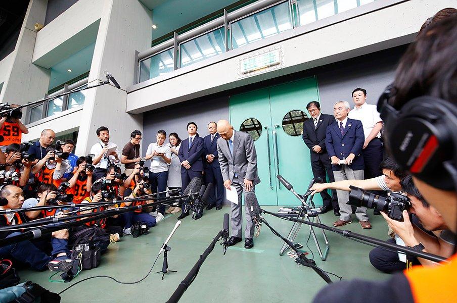 レスリング・パワハラ問題の遠因か?日本代表と所属チームの指導兼務。