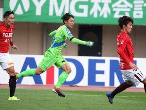 梅崎司が古巣浦和に見せたキレ味。湘南J1残留へ、ゴールあるのみ。