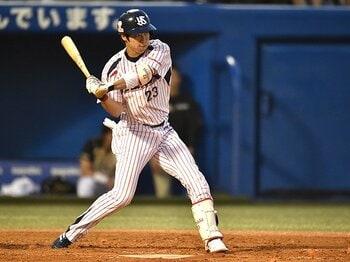 """山田哲人を「至宝」に変えた""""基本""""。193安打は、ティー打撃から生まれた。<Number Web> photograph by Hideki Sugiyama"""