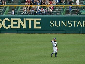 """「ヤバイ」、外野手、あわてる選手。甲子園で考えた、高校野球の""""潮流""""。<Number Web> photograph by Hideki Sugiyama"""