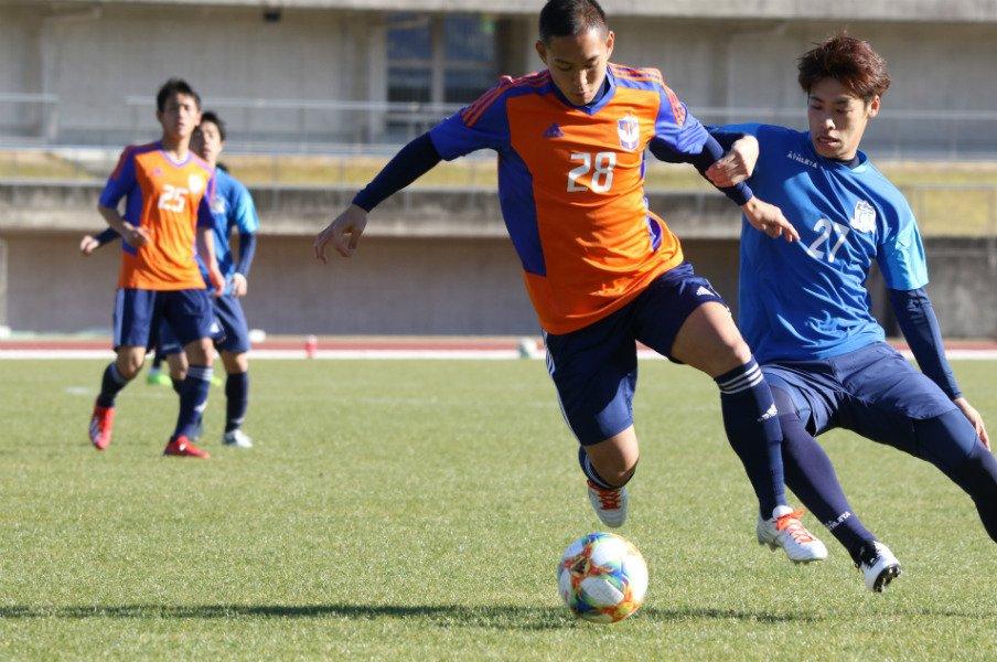 J2新潟・早川史哉が復帰できたから楽しめる「サッカーの難しさ」とは。<Number Web> photograph by Takahito Ando