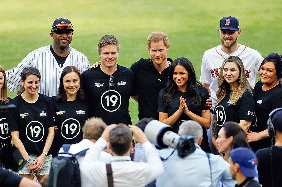 「不毛の地」に沸いた大歓声。MLBの新たなチャレンジ。~英国開催は成功、次の都市は?~<Number Web> photograph by Yukihito Taguchi