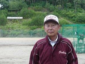 プロも育てた新潟の70歳監督の夢。「野球場をつくれば球児は来る」