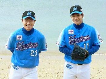 自信のないドラ1と、自信満々のドラ2。ロッテ、2大ルーキー投手の期待値は?<Number Web> photograph by Kyodo News