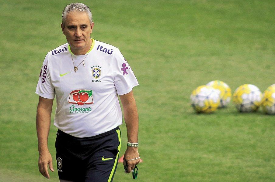 現ブラジル代表監督は史上最高?大連勝でW杯の悪夢を払拭中。<Number Web> photograph by Thomas Santos/AGIF