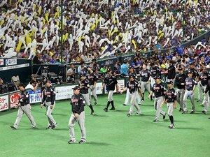 CS敗退の伊東監督、滲む無念の思い。「ロッテの野球」とはなんだったのか?