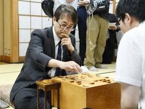 羽生善治九段、タイトル100期へ竜王戦準決勝。知っておきたい将棋界の「高速道路渋滞」論。