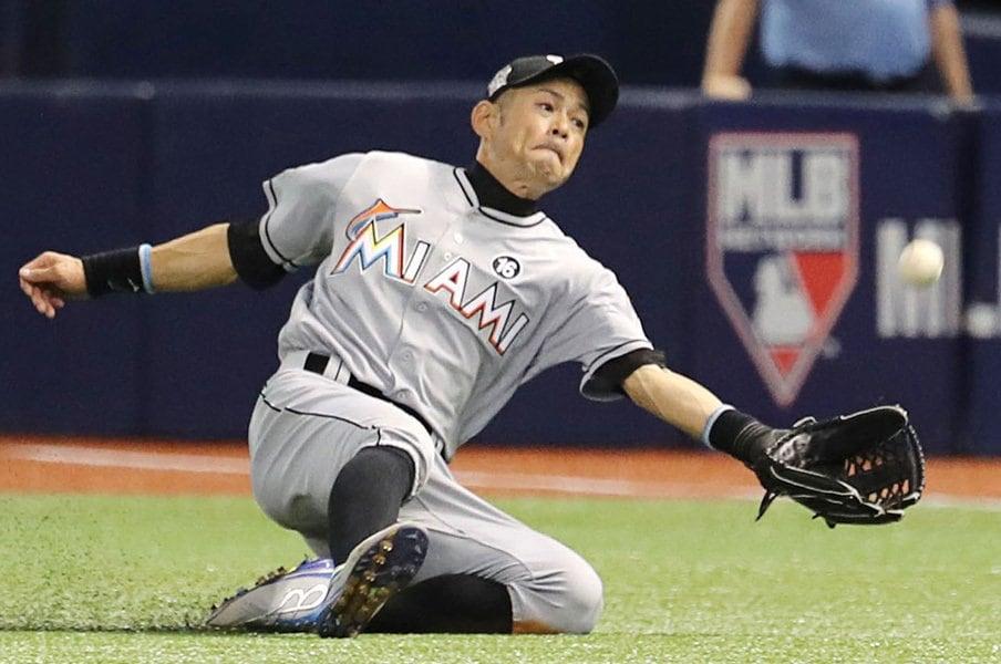 「イチローのプレーには気品がある」監督大絶賛も……第4外野手の苦悩が。<Number Web> photograph by Kyodo News