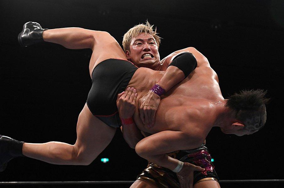 「内藤vs.棚橋」vs.「オカダvs.オメガ」。G1両国優勝戦は順当過ぎる4強に。<Number Web> photograph by Essei Hara