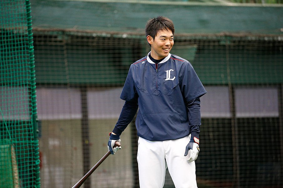 安打は減っても、実は出塁率は向上。秋山翔吾が目指す「1番打者」の姿。<Number Web> photograph by Shigeki Yamamoto