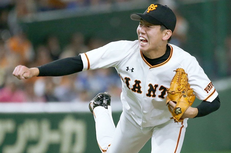 巨人の選手が体験する幸福な死闘。「10.8」と通じる極限の負けられなさ。<Number Web> photograph by Kyodo News