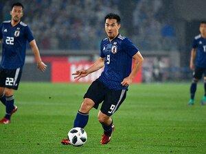 「自分たちのサッカー」回帰ではなく。岡崎慎司の危機感と議論すべき課題。