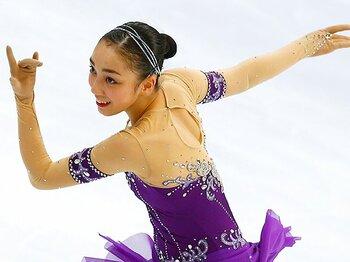 フィギュア日本女子がロシア杯優勝。Jr王者・本郷理華は勝負強い18歳。<Number Web> photograph by AP/AFLO