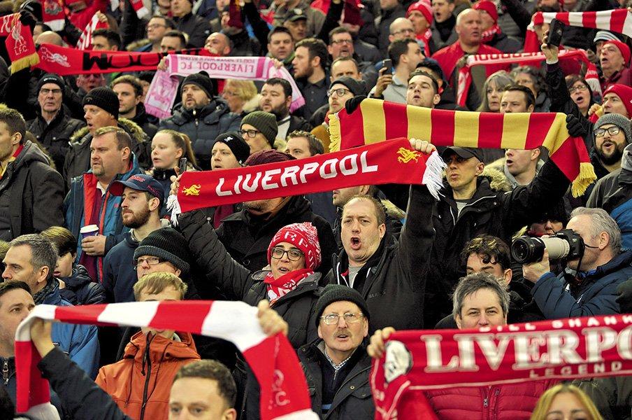 政治、音楽、そしてサッカーが融合!世界一特別なクラブ、リバプールの謎。<Number Web> photograph by Alexis Reau/L'Equipe