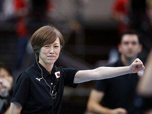 全日本女子バレーの好調を支える、中田久美のぶれない指導力とは。