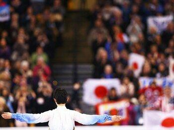 羽生結弦が見せた桁違いの強さ――。世界選手権SPで見せた驚異のメンタル。<Number Web> photograph by ISU/ISU via Getty Images