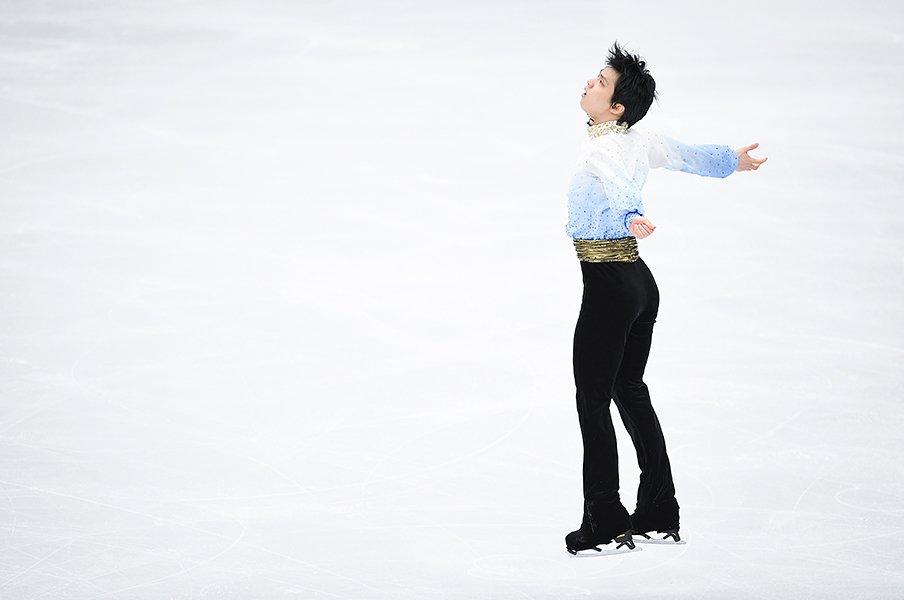 羽生結弦と「バラード第1番」。ピアニスト福間洸太朗が絶賛の理由。<Number Web> photograph by Asami Enomoto
