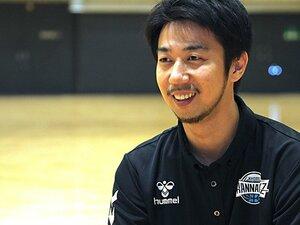 """名将デニスの""""継承者""""、小川伸也。B1リーグ滋賀ACから宿敵・京都HCへ。"""