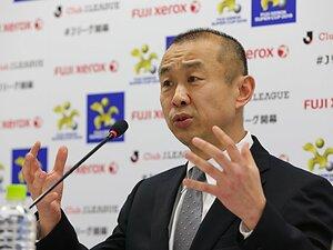 日本のプロスポーツ界に革命が!?税制と向き合ったJリーグ特命ペア。