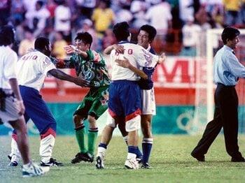 """""""マイアミの奇跡""""を知っているか?西野朗という男が胸に秘めるもの。<Number Web> photograph by Katsuro Okazawa/AFLO"""