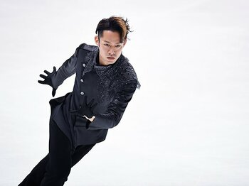 高橋大輔、不変の魅力とスケート愛。全日本選手権2位の「先」へ向かって。<Number Web> photograph by Asami Enomoto