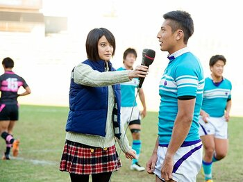 大学ラグビーに舞い降りた美女。山崎紘菜19歳、彼氏はラガーマン!?<Number Web> photograph by Asami Enomoto