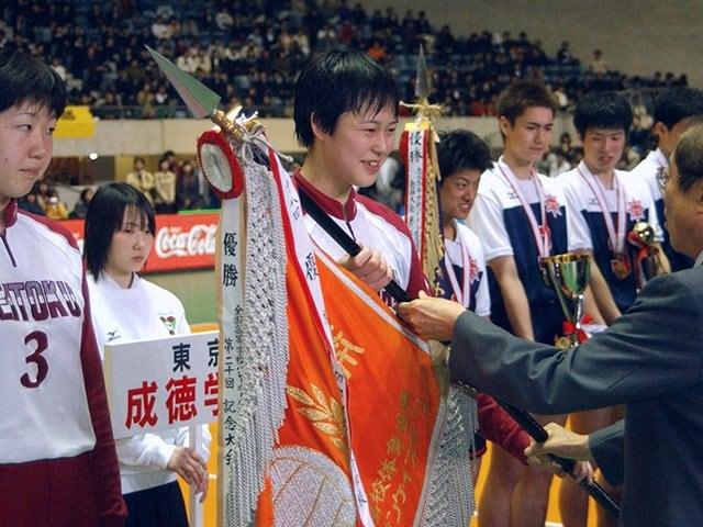 """春高バレーの""""メグカナ対決""""を回想。「このまま一生試合をしていたい」<Number Web> photograph by Kyodo News"""