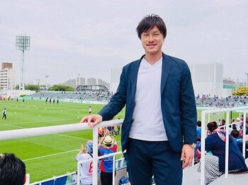 """元FC東京""""ノリカル""""は引退していた。現役時代の苦楽は仲介人で生かす。<Number Web> photograph by Atsushi Iio"""