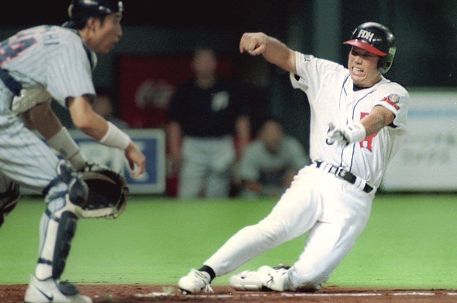 直近は小久保、イチローも達成?激レアなランニング満塁ホームラン。<Number Web> photograph by Kyodo News