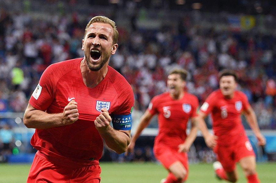 W杯初戦2発でイングランド国宝に!?ケインは家族とファンに優しい男。<Number Web> photograph by Getty Images