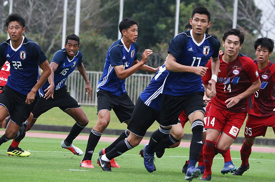 日本サッカーの未来かかるU-19代表。W杯出場をかけたアジア決戦の場へ!<Number Web> photograph by Takahito Ando