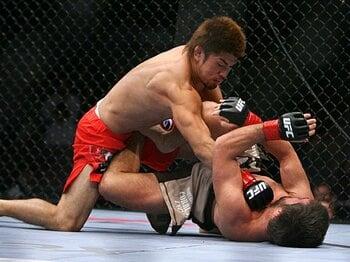 UFC76でマット・ワイマンと対戦し判定負けした小見川。2月がUFC3戦目の試合