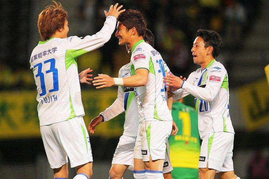 "J1湘南に戻った武富、中川、古林が""復帰""という表現を否定する理由。<Number Web> photograph by J.LEAGUE"