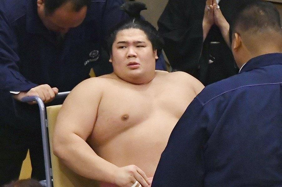 長期休場を乗り越え、復活を!宇良を支える師匠の「気遣い」。<Number Web> photograph by Kyodo News