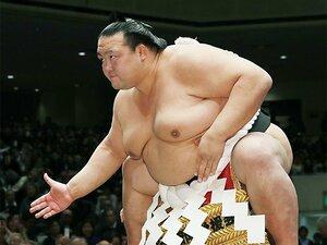 稀勢の里引退後の、国技館と大相撲。断髪式を盛り上げる仕掛けが見たい。