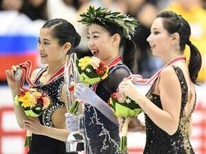紀平梨花が日本人初の偉業を。3アクセルでシニアGP初戦に優勝。