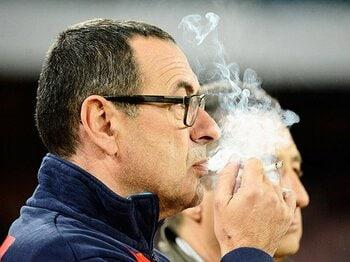 欧州のピッチ上は「暴言」だらけ?あまりにひどいサッカー単語帳。<Number Web> photograph by AFLO