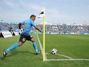 """酒井宏樹を開花させた""""レドミ""""。横浜FCでも光るブラジル式の思考。"""