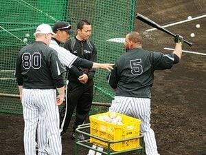 来日3年目の阪神・ゴメスが別人に!鉄人が主砲に伝授した4番打者の重み。