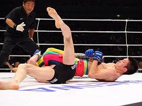 """青木快勝のDREAMで見られた""""日本式MMA""""。"""
