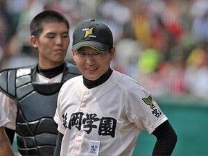 重本監督を乗せると、チームも乗る!延岡学園、宮崎県勢初の決勝進出。
